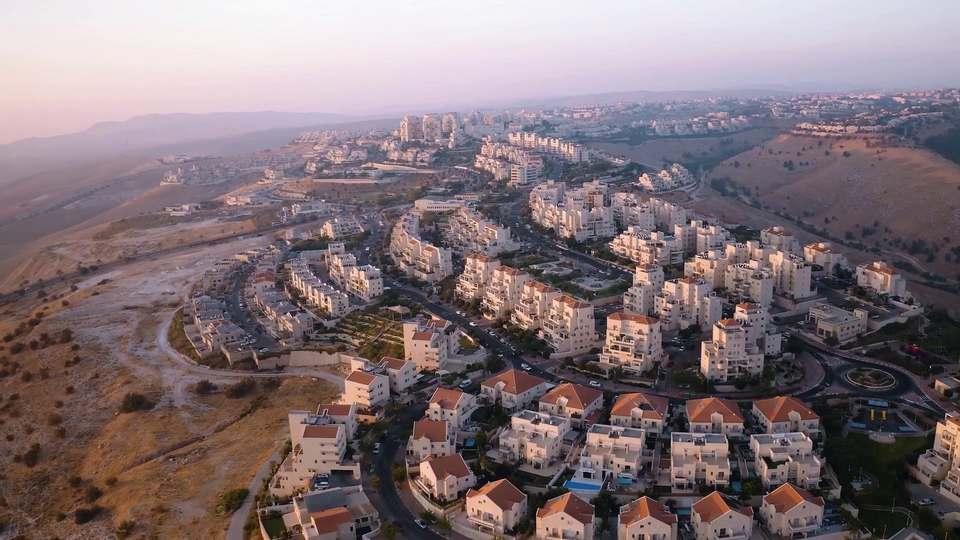 Occupation and De Facto Annexation
